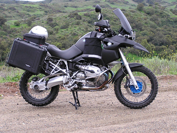 Bmw 650 Motorcycle. Caribou Motorcycle Luggage